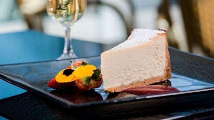 Bea Tollman's Vanilla Cheesecake